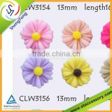 Manufacturer pink chrysanthemum flower resin & flower carved resin flowerresin flower beads