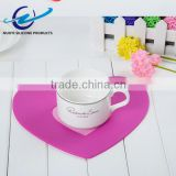 Popular flower shaped food grade heat insulation silicone pad