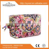 2016 Hot best selling quilted 100% cotton fabric floral fashion fancy hipster zipper mini women cosmetic bag