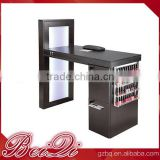 Elegant Professional Manicure Table Beauty Salon Equipment Sets Wooden Popular Nail Table