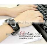 2013 Stylish Lady Cellphone Bluetooth Bracelet with Caller ID