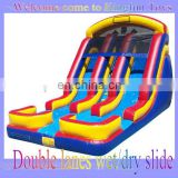 Wet/dry inflatable slide with double lanes