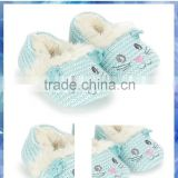 2014 best selling hand knitted novelty cat baby booties