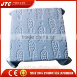 Professional supplier of wholesaler hooded fleece blanket with low price