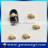 2016 Elegant 3D White Pearl Nail Art Decorations With Gold Bowknot L0068