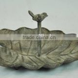 14A527MK Antique leaf-shaped metal tray bird feeder