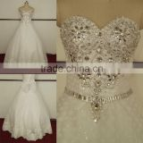Charming bling beaded sleeveless tulle and lace applique ball gown wedding dress with sweetheart neckline