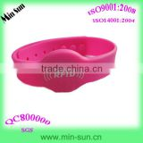 Popular Sell Chips Ntag203 Waterproof Silicone Rfid Wristband