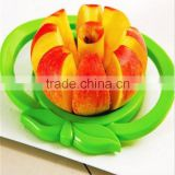 2016 New Hot Household Fruit Vegetable Apple Cutter Tools Plastic Stainless Steel Women Kitchen Tool Fruit Cutter Device Zesters