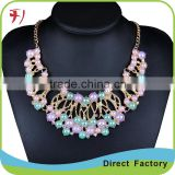 Wholesale Acrylic Flower Red Color Short Necklace