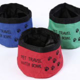 Foldable portable pet bowl cloth dog bowl outdoor travel drinking bowl Oxford cloth dog folding bowl