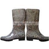 sexy ladies leopard print jelly water shoes,durable women gardening overshoes,OEM platform PVC rain boots