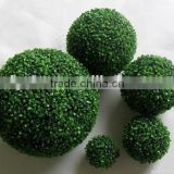 Plastic Grass ball ornament factory price artificial grass topiary