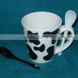 ceramic coffee mug/cup with spoon