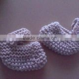 baby girl's 100%soft Acrylic Handmade Knitting Shoes