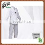 White sportswear martial arts style taekwondo uniforms for training