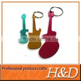 2013 functional Metal guitar keychain bottle opener