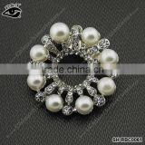Fashion Shiny Design Rhinestone With Pearl Brooches