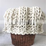 2020 new wholesale 100% Chenille Yarn Hand Knitting Thick Yarn For Baby Blanket cloth Knitting Wool