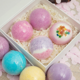 2018 Hot Sell Bath fizzies Ball Salt OEM bath fizzy Natural Essential Oil Bath Bomb With Gift Set