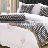 high quality luxury star hotel bedcover sets/bed linens producer /5-star hotel use bed runners with matching cusion covers
