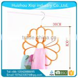 Wholesale New Designed Luxury flocking hanger/velvet hanger/scarf hanger using dog clothes hanger