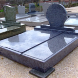 Granite monument /headstone /tombstone
