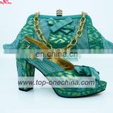 2017 Popular Italian New Design Shoes and Matching Bag Set with Stones for Party