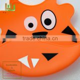 OEM Wholeale baby bib silicone Cartoon patterns FDA grade cute soft silicone baby bib quality choice