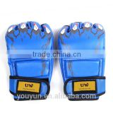 Wholesale leather gloves used for the boxing training