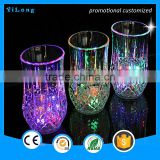 High quality shiny cups popular plastic custom led light flashing cup /flashing Color Changing Led Flash Light Cup