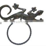 gecko design Decorative cast iron towel ring