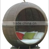 Sling furniture outdoor product set round rattan daybed with waterproof cushion                                                                         Quality Choice