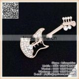 Wholesale Price Sale Crystal Diamond Guitar Brooch For Boy Best Gifts                                                                         Quality Choice