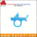 Hot Products in Europe to Sell OEM Finger Ring Bracelet Finger Ring Holder Custom Made in China