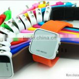 Welcome factory price fashion OEM LED digital watch for children