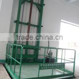 Industrial hydraulic guide rail lift platform on straight railway/guide rail lift platform