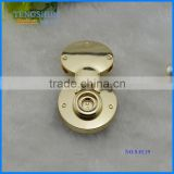 OEm zinc alloy decorative twist lock for purse new style metel accessories for handbags