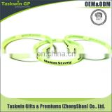 Good quality fluorescence silicone bracelet , gold supplier green fluorescence silicone wristband