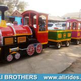 Electric & diesel trackless tourist train manufacturer mini mall train