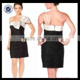 C0073 One-shoulder Tight Fitted Big Bow Short Plus Size Black And White Cocktail Dress
