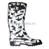 fancy cartoon print women rain boots with buckle,girls garden boots, safe high quality rubber boots