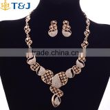 Dubai Crystal Gold Plated Bridal Jewelry Sets Hollow Fashion Women Necklace And Earring Set Wedding Bridesmaid Jewelry Set