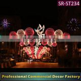 Customize commercial Street skyline decoration with ball decoration for holiday decoration
