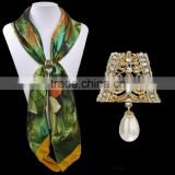 vintage antique brass plating colour metal alloy flower court shape scarf ring