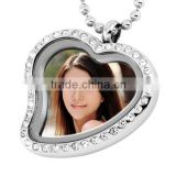 SRP9006 Fashion Golden Photoes Locket Necklace CZ Diamond Setting Hollow Heart Glass Locket Pendant Stainless Steel Pendant