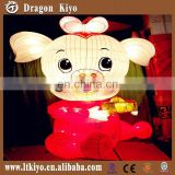 2015 Chinese Silk Arts For Cartoon pig