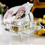Beautiful Crystal Piano Music Box With Picture For Souvenirs