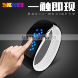 Fashion led touch screen hand smart watches with mirror dial blue lights from the original skmei watch factory