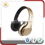 Consumer Electronic Wireless Headphones with Memory Card for Laptop